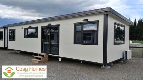 2-bdrm Cosy Home showing adjustable concrete feet